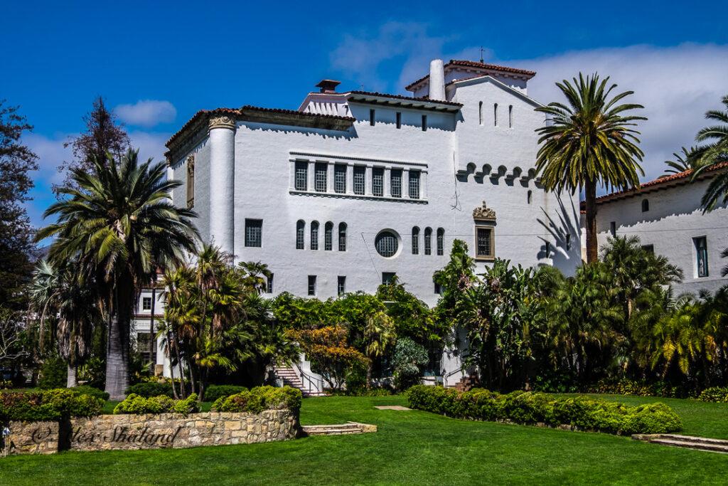 Sunken Garden in Santa Barbara Courthouse