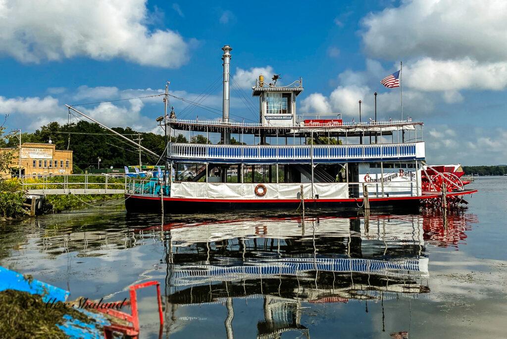 paddle-wheeler steamboat